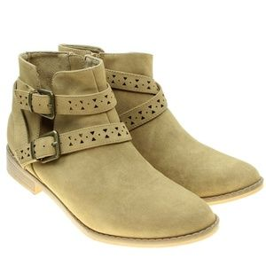 Rocket Dog  Womens Faux Suede Buckle Ankle Boots